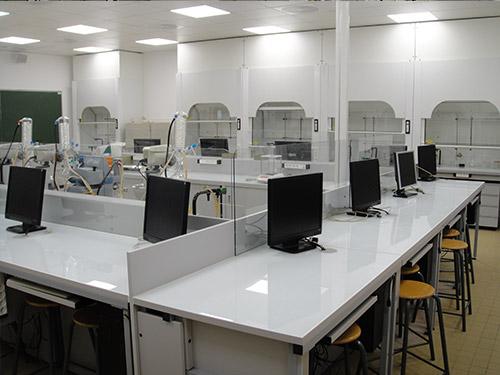 Paillasses de laboratoire